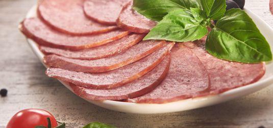 Варёно-копчёные колбасы